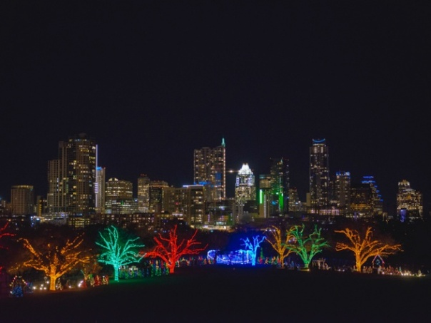 trail-of-lights-austin_220222